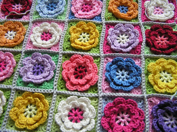 Crochet Beautiful Granny Square Flowers for Afghans and ...