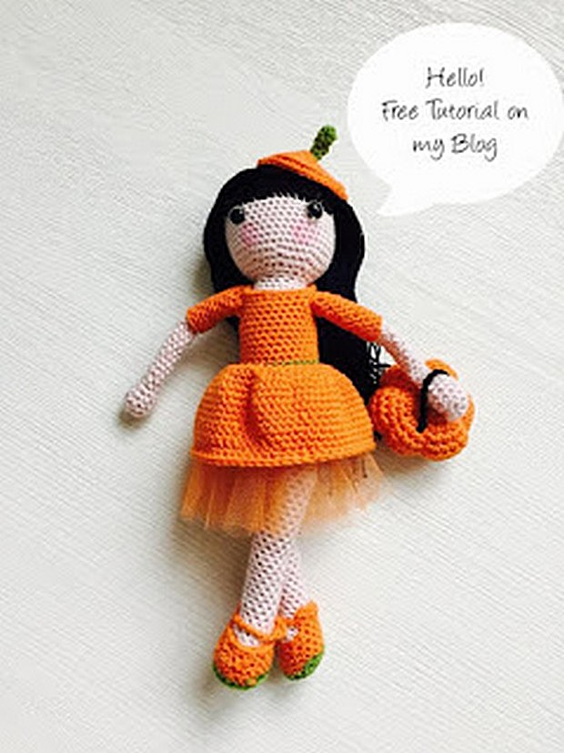 Adorable Little Autumn Doll - Free Crochet Pattern + Photo Tutorial!
