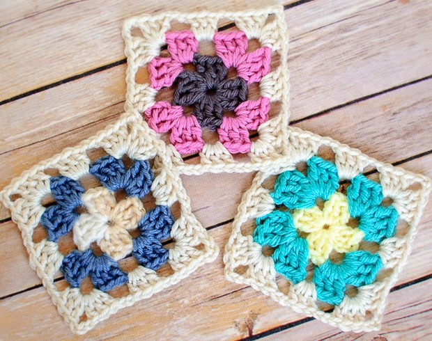 Easy Beautiful Granny Squares Free Crochet Pattern