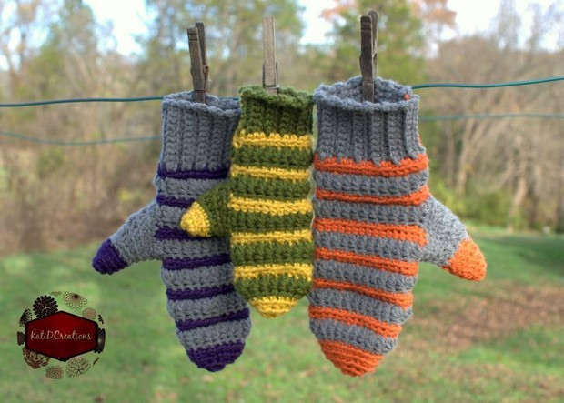 Stripe Mittens For Children And Adults Free Crochet Pattern