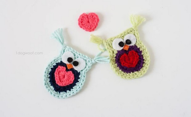 Crochet owl applique with heart