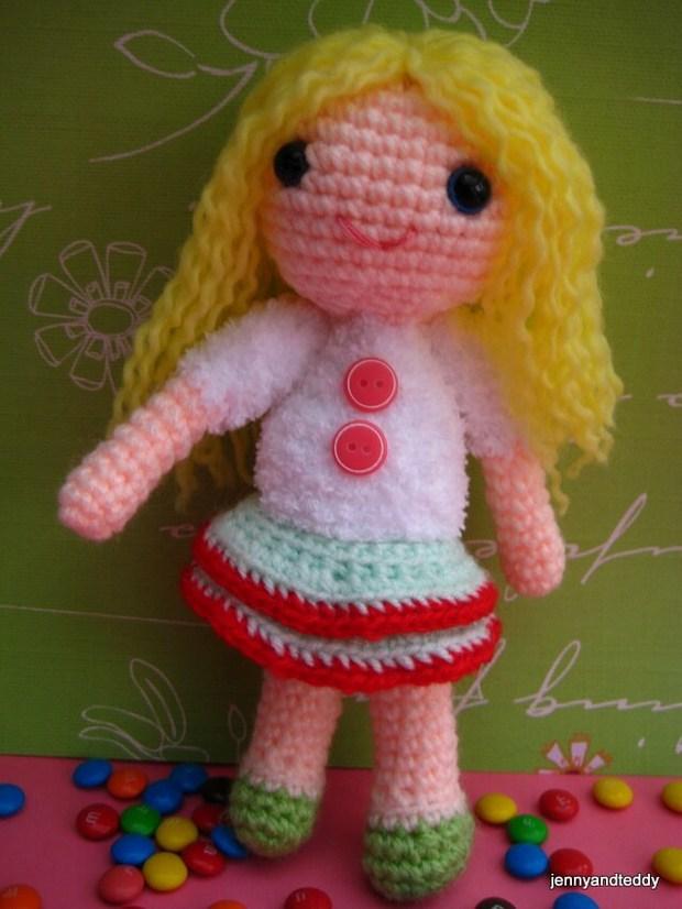 Adorable Little Crochet Amigurumi Doll Free Pattern ...