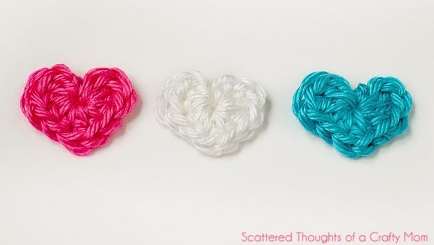 tiny crochet hearts