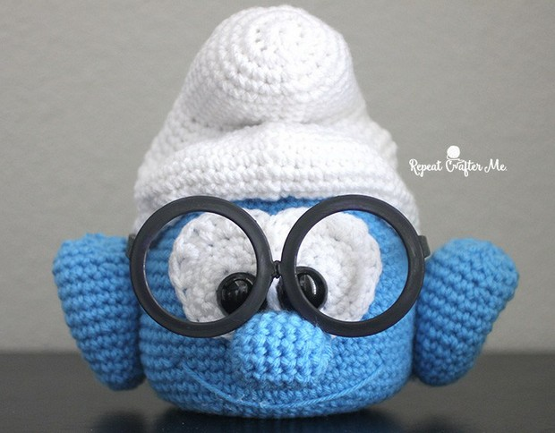 Crochet Smurf Glasses Holder