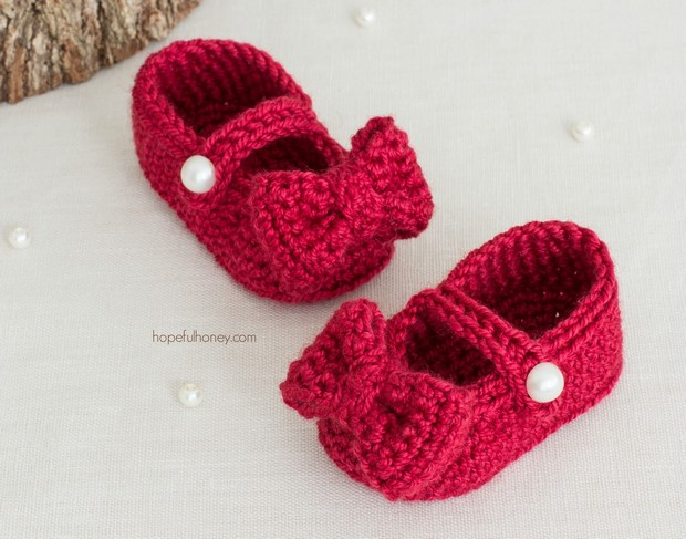 Super Cute Mary Jane Style Baby Booties ? Free Crochet ...