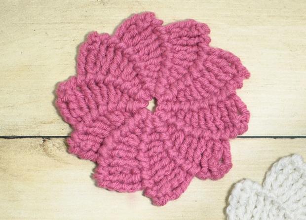 crochet swirl flower