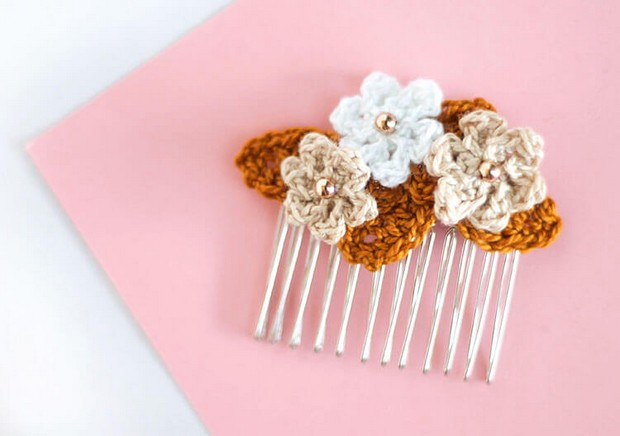 Crochet Flower Hair Combs