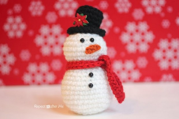 Crochet Snowman Christms Tree Ornament