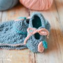 Crochet baby booties and hat set