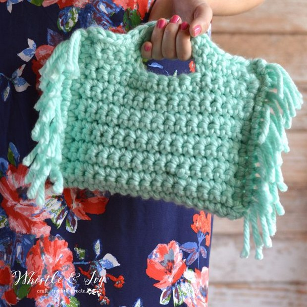crochet fringe clutch purse