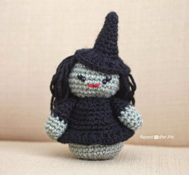 crochet amigurumi witch