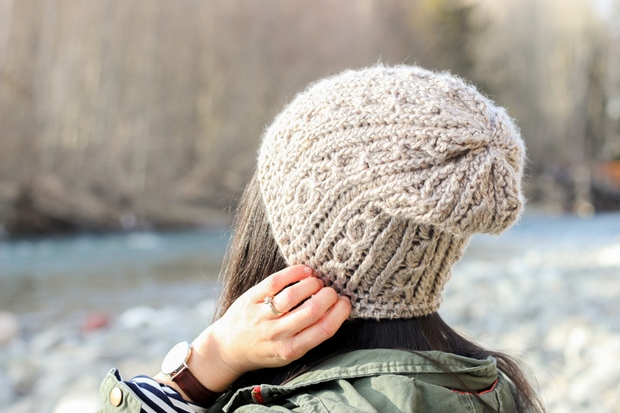 Fashionable Knit-Like Crochet Cabled Beanie Hat!   FREE Pattern + Video Tutor...