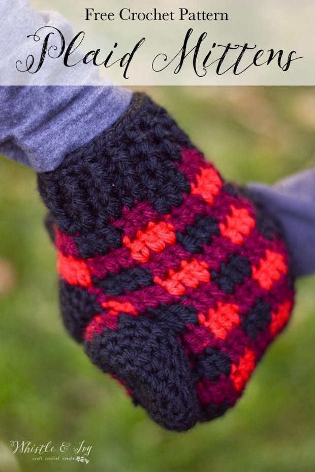 crochet buffalo plaid mittens