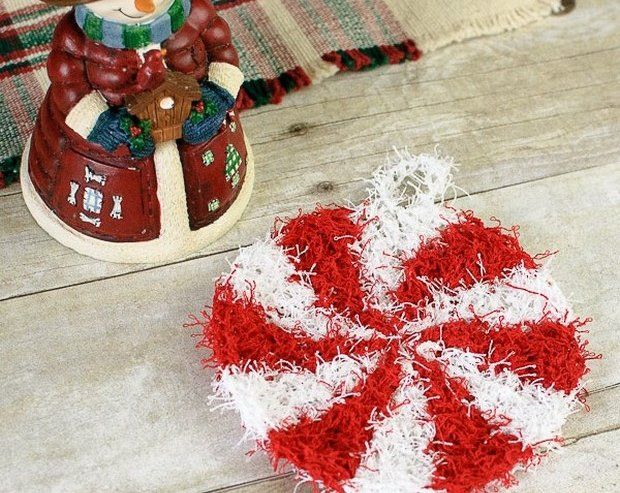 Crochet Christmas Peppermint Scrubby Free Pattern