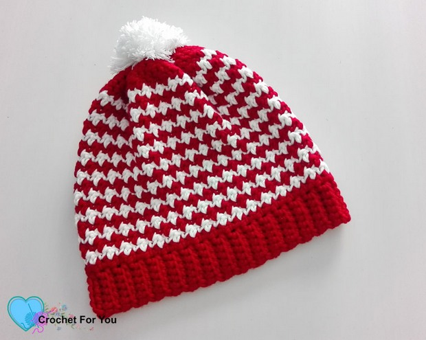 Free Pattern] This Gorgeous Crochet Peppermint Houndstooth Pom Pom ...