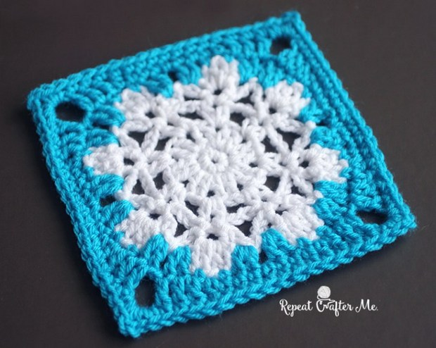 Free Crochet Pattern This Fabulous Snowflake Granny Square Is