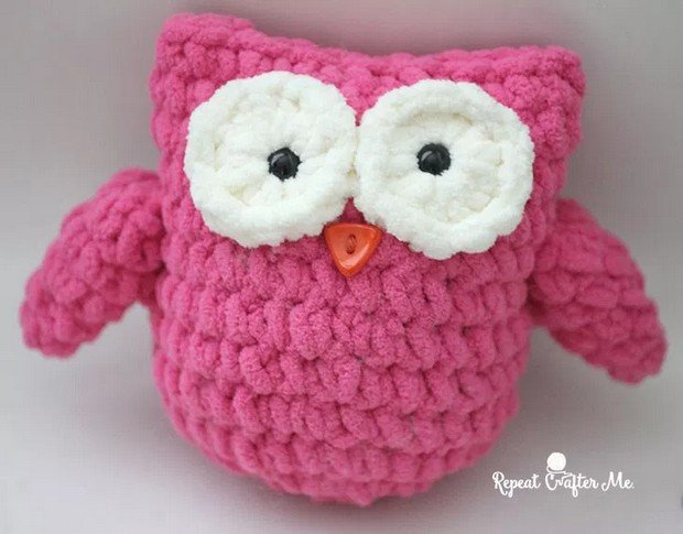 Free Pattern Adorable Little Crochet Owl Made With Bernat Blanket Yarn