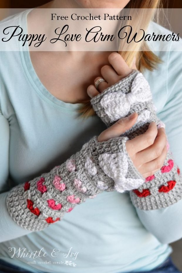 Free Pattern Beautiful Crochet Arm Warmers With Hearts And Bows