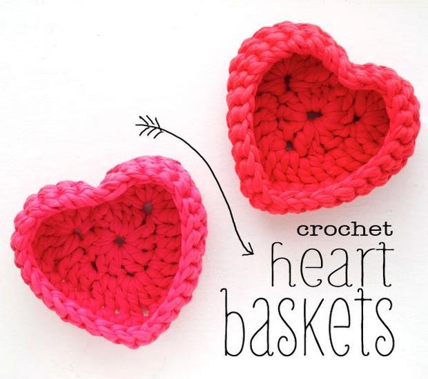 FREE Pattern] Fabulous Crochet Heart-Shaped Baskets Made with T ...