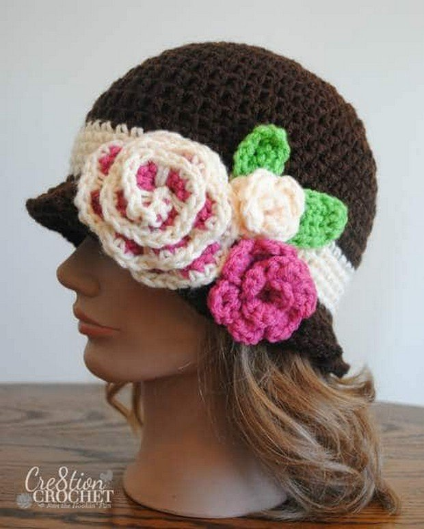 Free Pattern This Stylish Crochet Cloche Hat With Flowers Is
