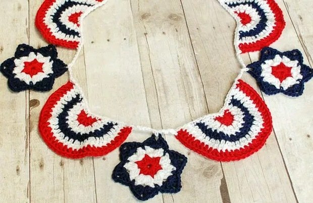Crochet Patriotic Bunting Free Pattern